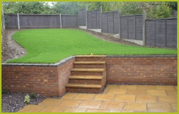 Landscape Gardener Walling & Retaining Wall Installer Covering Redditch Studley & Bromsgrove